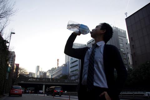 また水飲む(最後にもういちど使いたい)