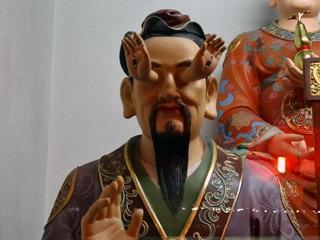 お寺で見た神様のひとり
