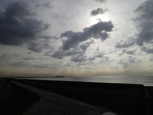 朝。いい雲が出ていた。