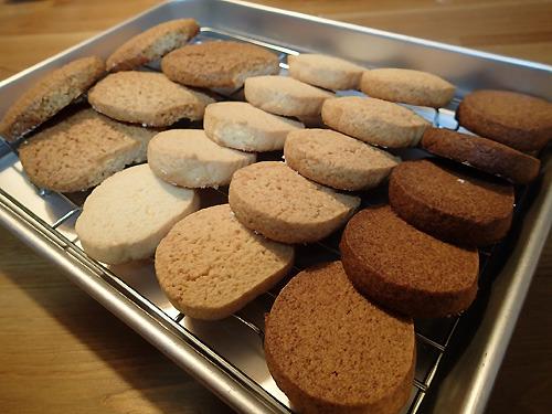 焼きあがりもやはり普通のクッキーと変わりない。