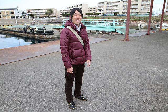 リアルに小さな島に住んでる、その名も小島健一</a>さん。