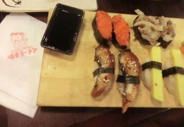 ラーメン屋なのに寿司!