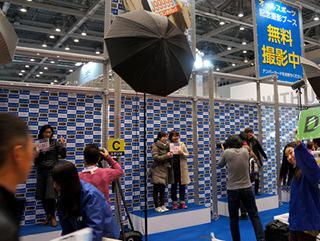 こういう撮影サービスも行列が出来るほど人気。