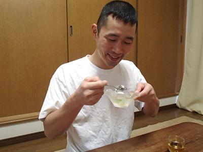 シロップかけはかなりうまい。夏に日本酒の仕込み水で作ったものを店で出したいぞ。