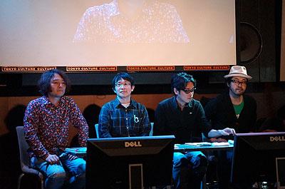 審査員はこちらの方々。左から、林、八谷さん、天久さん、川田さん(プロフィールはこちら</a>)