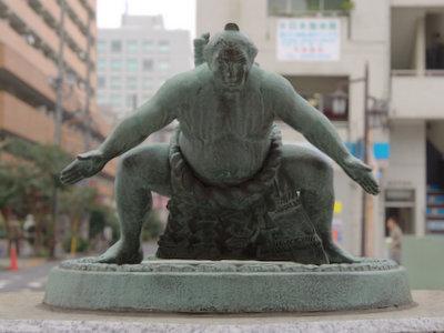 お相撲さん。