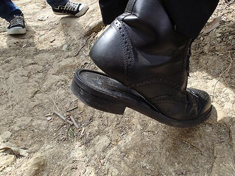 靴が壊れていた