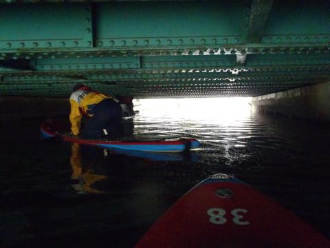 マイボートはけっこう余裕だった。もっと低くてもいけるぞ、茂森橋よ。