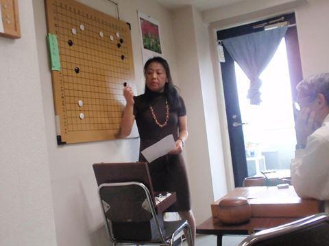 囲碁教室の先生・山守先生。
