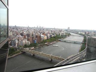 すっごいながめ! 隅田川まるみえ。