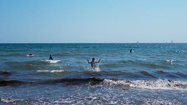悲しみの向こう側にあった泳げる幸せペンダー