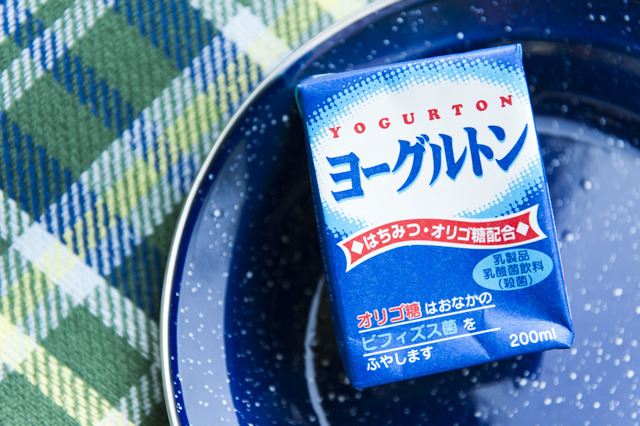 大分からは「ヨーグルトン」。ヨーグルトン乳業が作っている乳酸菌飲料