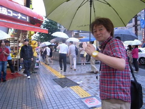 ミスター林の案内で歌舞伎町をぶらり