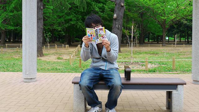 韓国語の勉強をしている
