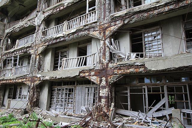 この建物に入って大丈夫かどうかって、ガイドが無かったら悩むよね…?