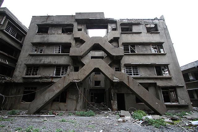 67号棟のX階段。男性寮だったという。