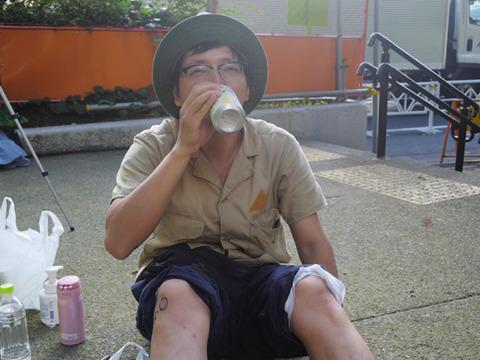 お酒を飲むと体温があがってさされやすくなるらしい