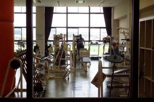 トレーニング室は2時間200円で利用可能(市民以外は400円)