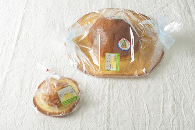 高知は永野旭堂本店 の元祖「帽子パン」。帽子大のものは注文すると焼いてくれるそう