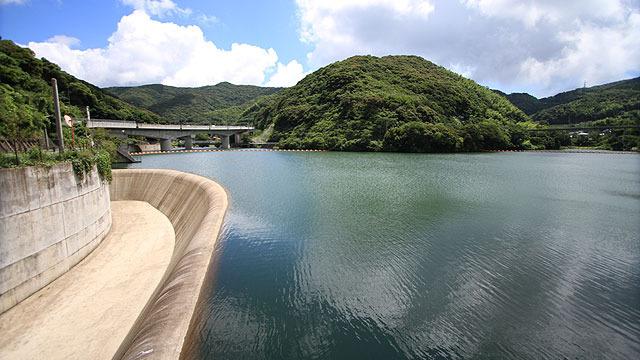 長崎には、国の「歴史的ダム保全事業」に指定されているダムが3つある。