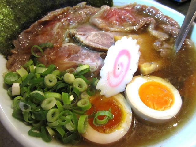 真空しゃぶしゃぶすきやき地大吟醸麺900円。