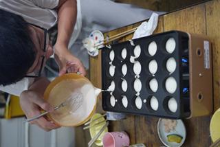 タイのお菓子カノムクロックを接待のために仕込んでおいた
