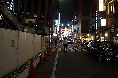 あっ、遠くに提灯が見えるぞ。高まる台湾ムード
