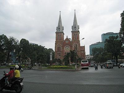 ベトナムっぽいなーとか(サイゴン大教会)