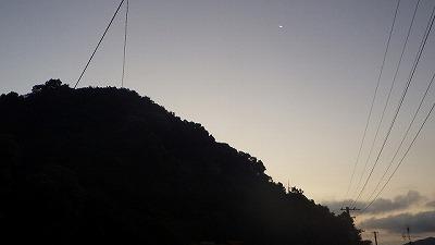 翌朝、再び山へ。