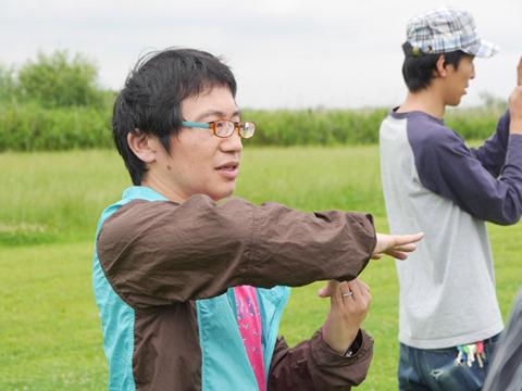 メディアアーティストの八谷和彦さん。ポストペットのモモちゃん作ったのもこの人。