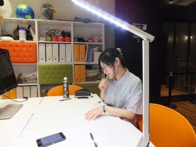 LEDスタンドの一番明るいモードを使用