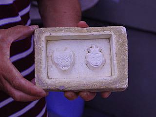 これが石膏でできたカタの原型で、原型師は寺田さんとは別の人らしい。