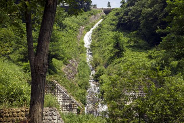 もうこの川すべて滝、ってことでいいのでは
