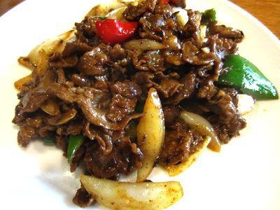 羊肉カレー炒めをオーダー。