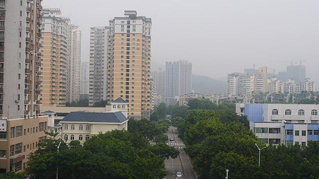 翌朝のホテルからの風景。曇っていた