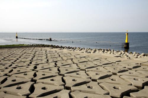 この写真だけ見て、海ほたるだと分かる人はいるだろうか