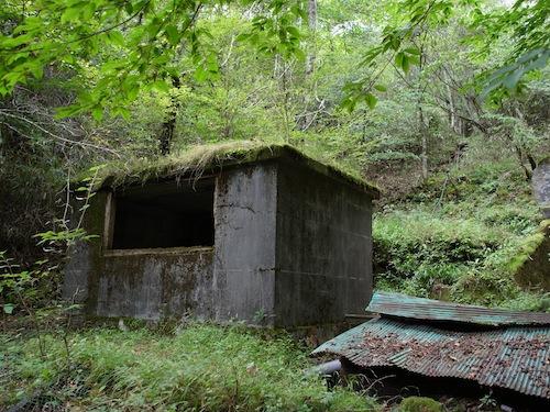 かっては竹のパイプでここの水を下の須山地区まで送水していたらしい。