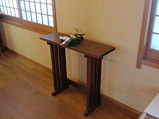 当時4万円で買った祭壇。