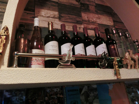 パレスチナ産のワインもあります