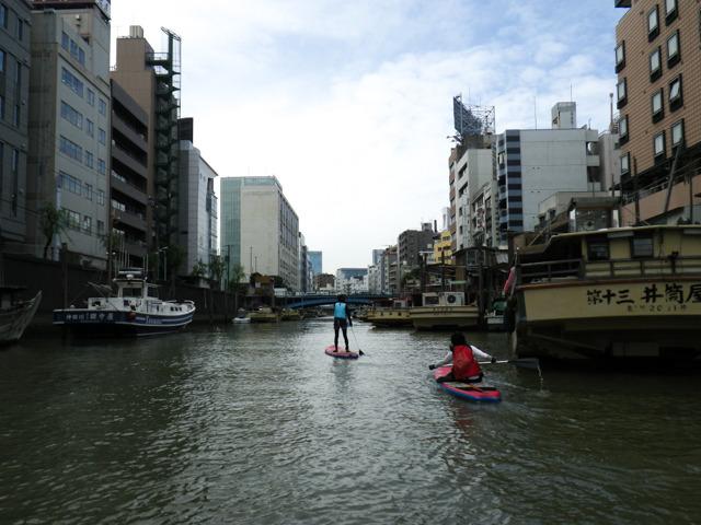 神田川入り口は、屋形船の溜まり場。