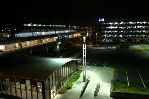 向こう側に見えるのは第四駐車場