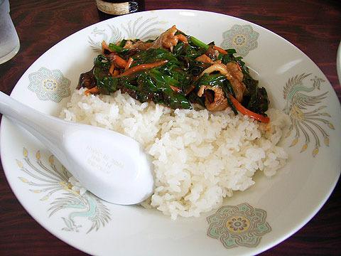 太郎ラーメン(つくば)のスタミナ飯。