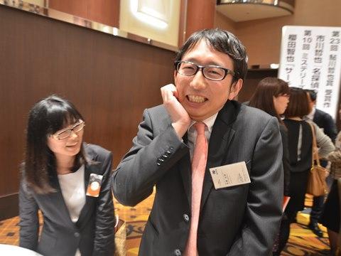 憧れの先生方とお話できた喜びでクネクネしてる斎藤さん。