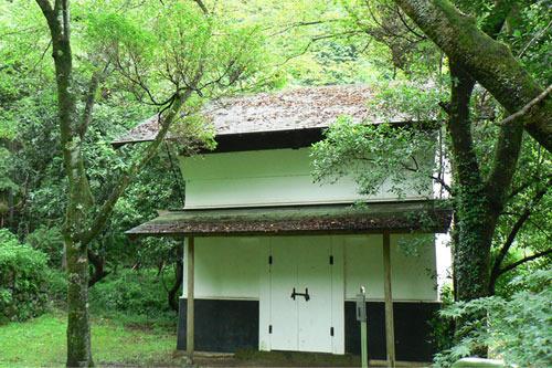 深沢家旧宅の土蔵 画像提供/あきる野市図書館