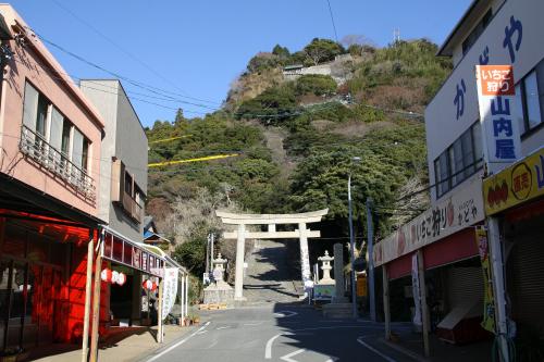 久能山東照宮は久能山の上にあるので、辿り着くまでが大変だ