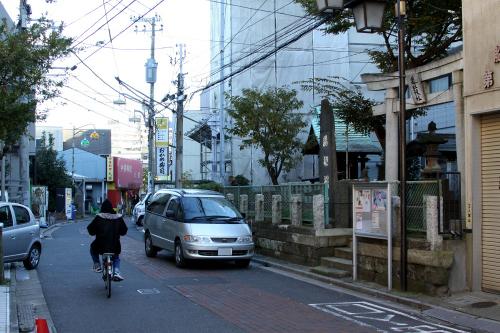 昔ながらの、路地が入り組んだ下町という雰囲気