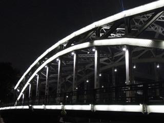 夜景が綺麗に撮れるカメラが欲しくなりました