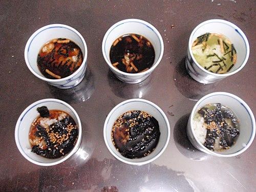 左から、紅茶・コーヒー・緑茶のお茶漬け。