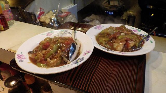 ティラピアとヘチマの東南アジア風カレー。