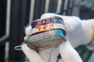 コンビーフも缶からして古い